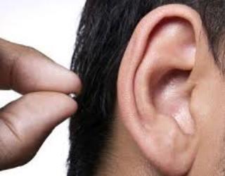 Как незаметно вставить микронаушник в ухо