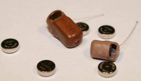 Батарейка для микронаушника сBluetooth-гарнитурой