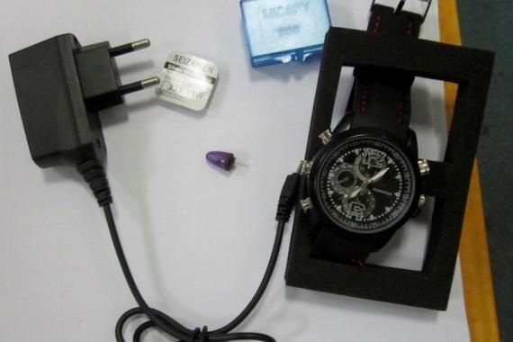 Часы с bluetooth и микронаушником